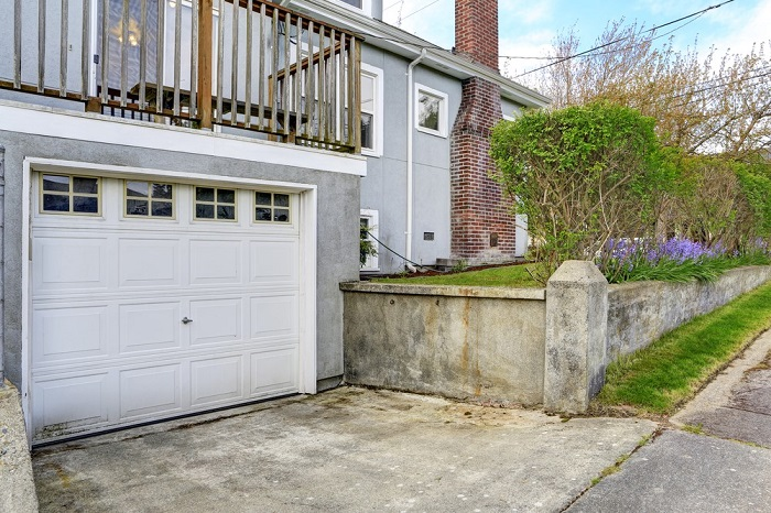 ... A Rear Garage Is That A Rear Driveway Swallows Up A Good Portion Of  Your Backyard. If You Need A Lot Of Living Space, Tucking A Side Facing  Garage Into ...