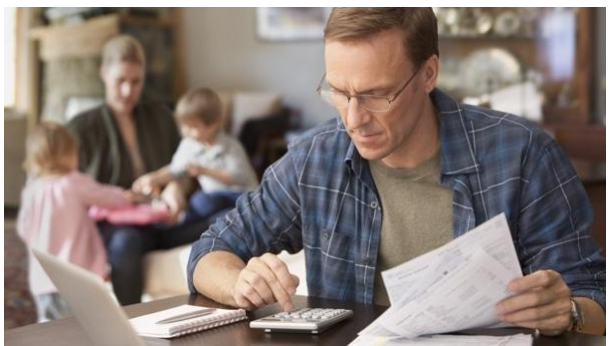 Brighter Budgeting – 4 Simple Tips for Lowering Your Family's Energy Bills