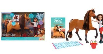 Spirit and Lucky Deluxe Feeding Set from DreamWorks Animation