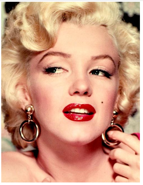 Makeup Tips for Blondes Get a Bombshell Look Easily