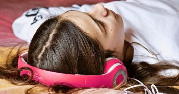 3 Gadgets that Can Help You Sleep Better