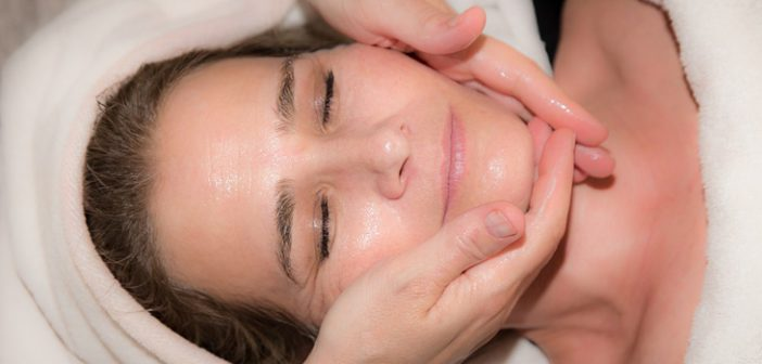 How to Prevent Wrinkles and Treat them with Ease
