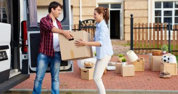How to Avoid Chaos When Moving With a Family